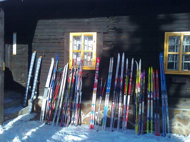 nejasna-sprava-o-konci-sveta-–-vianocny-skiaktual-z-kremnickych-vrchov